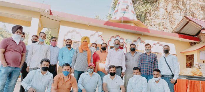 प्रशिक्षित बेरोजगार शारीरिक शिक्षक( पीईटी) संघ सोलन