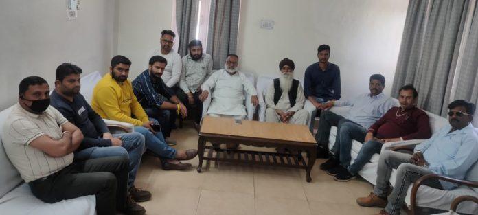 सोमवार से अनिश्चियत काल के धरने पर बैठेंगे डॉक्टर राजन सुशांत व समर्थक