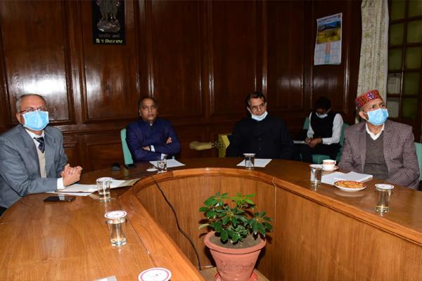 मुख्यमंत्री ने कोविड के बढ़ते मामलों पर जताई चिन्ता,तत्काल प्रभावी कदम उठाने के दिए निर्देश