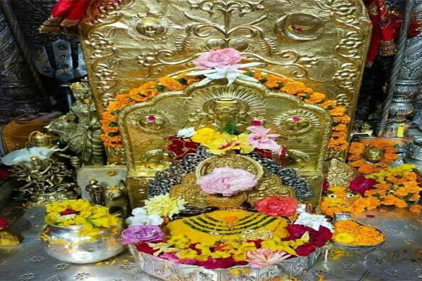 श्रीबज्रेश्वरी देवी के भक्त ने चार किलो सोने और 30 किलो चांदी से सुशोभित क्रिया माता का सिंहासन