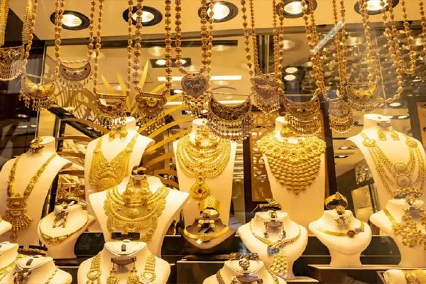 देश में सोने की कीमत में लगातार तेजी,जानिए आज क्या है 10 ग्राम सोने का भाव