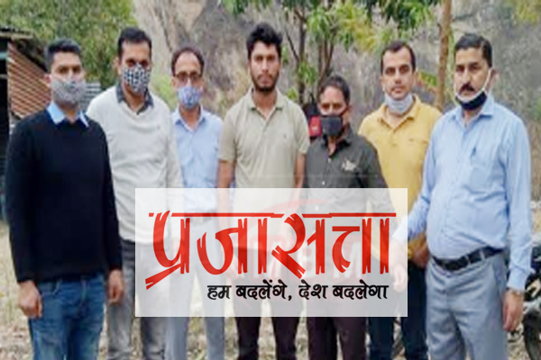pwd-junior-engineer-arrested-for-taking-bribe-of-40-thousand