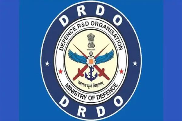 बेकाबू कोरोना के बीच आई खुशखबरी, ये दवा करेगी वायरस का खात्मा... DRDO ने दी उपयोग को अनुमति